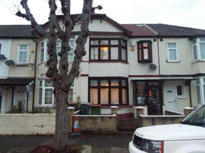 5 Bedrooms Terraced House for sale in East Ham