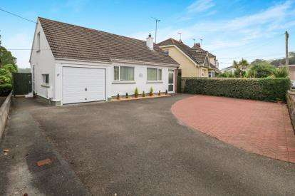 3 Bedrooms Bungalow for sale in Par, Cornwall, Par