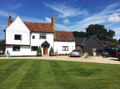 6 Bedrooms Detached House for sale in Toot Hill Road, Greensted, Ongar, Essex