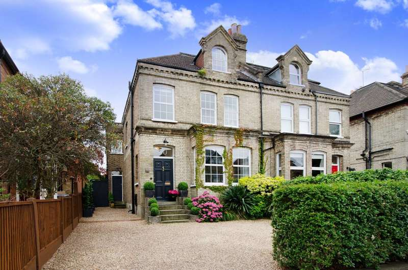 4 Bedrooms House for sale in Chase Green Avenue, Chase Side, EN2
