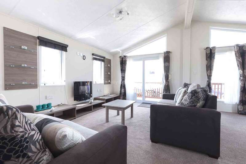 2 Bedrooms Lodge Character Property for sale in Winchelsea Beach, East Sussex
