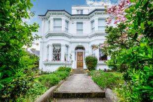 5 Bedrooms Semi Detached House for sale in Stanford Avenue, Brighton, East Sussex