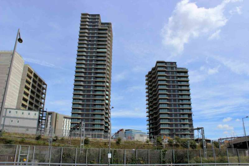 2 Bedrooms Apartment Flat for sale in Westfield Avenue, Stratford