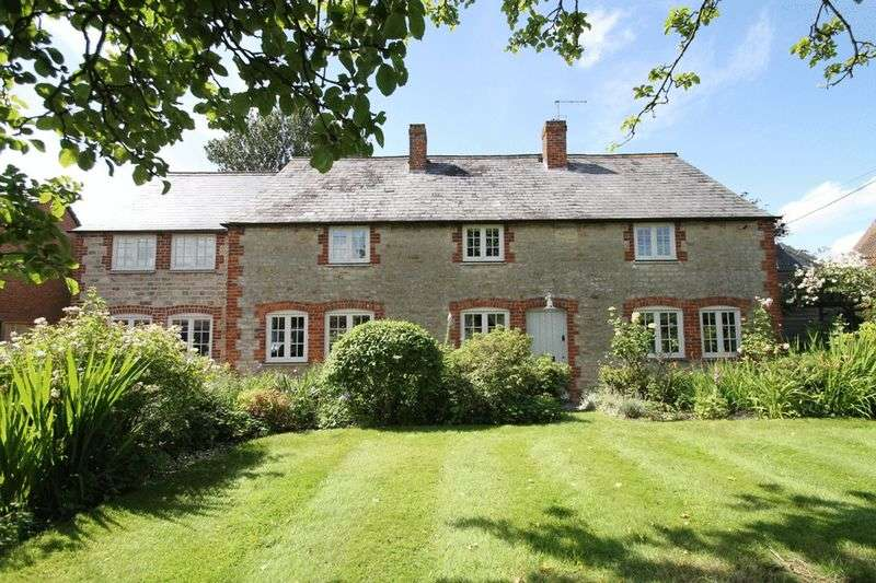 5 Bedrooms Detached House for sale in Goosey, Oxfordshire