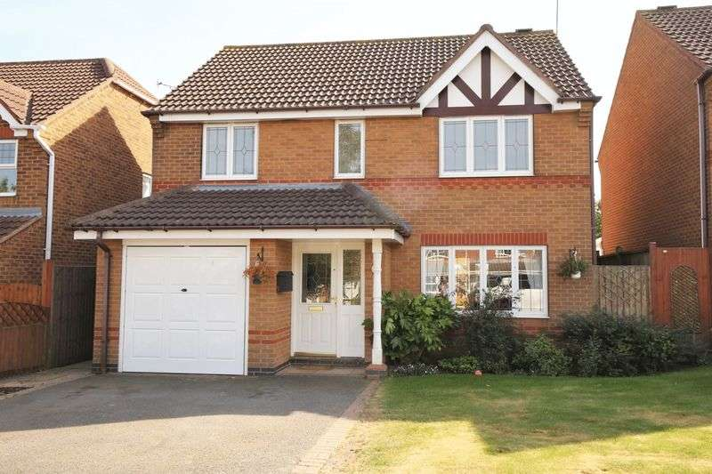 4 Bedrooms Detached House for sale in Oundle Close, Ashby-De-La-Zouch, Leicestershire LE65 2SF