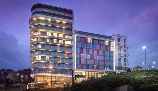3 Bedrooms Flat for sale in Terrace Mount Residences, Terrace Road, Bournemouth, Dorset