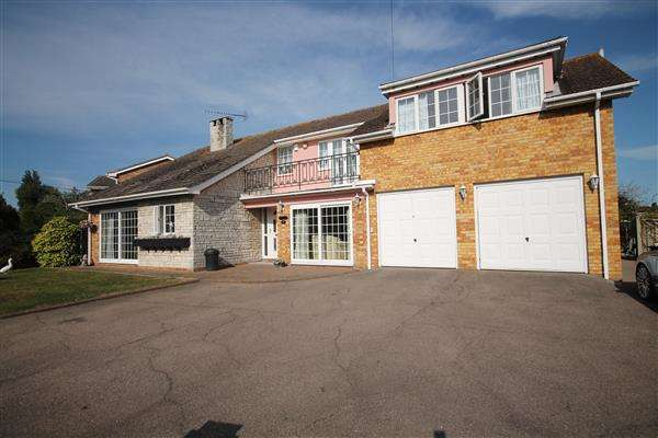 4 Bedrooms House for sale in Dumont Avenue, Point Clear