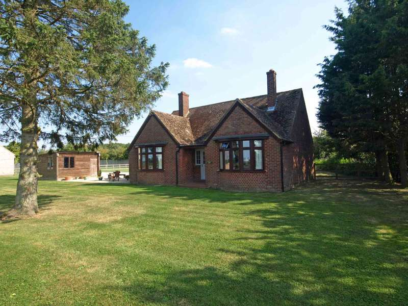 3 Bedrooms Detached House for sale in Fir Tree Dairy, Weston On The Green