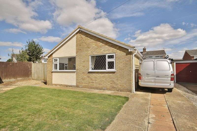 3 Bedrooms Detached Bungalow for sale in BLENHEIM DRIVE, Witney OX28 5LN