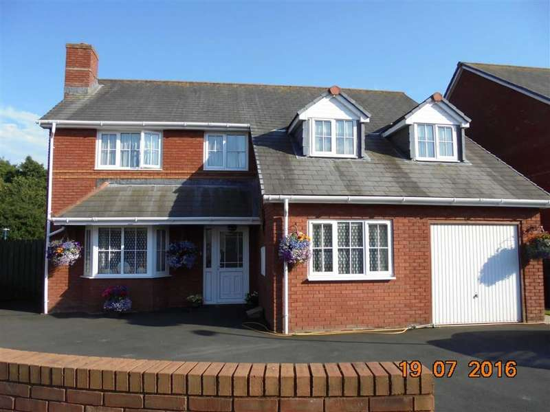 4 Bedrooms Property for sale in Clos Sulian, Cae Ceredig, Aberystwyth