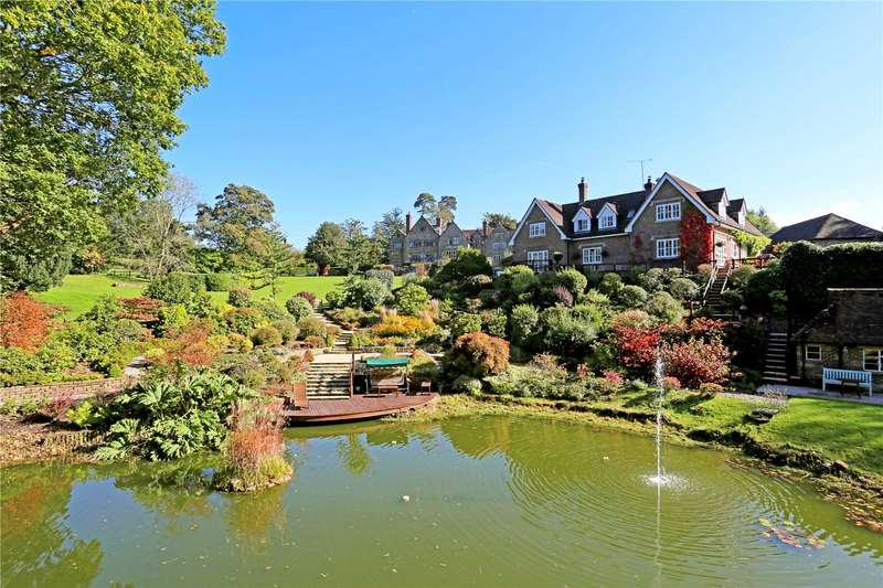 4 Bedrooms Detached House for sale in Stonelands, Selsfield Road, East Grinstead, West Sussex, RH19