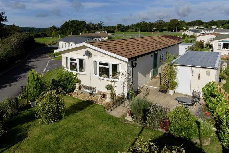 2 Bedrooms Park Home Mobile Home for sale in The Dell, Builth Wells