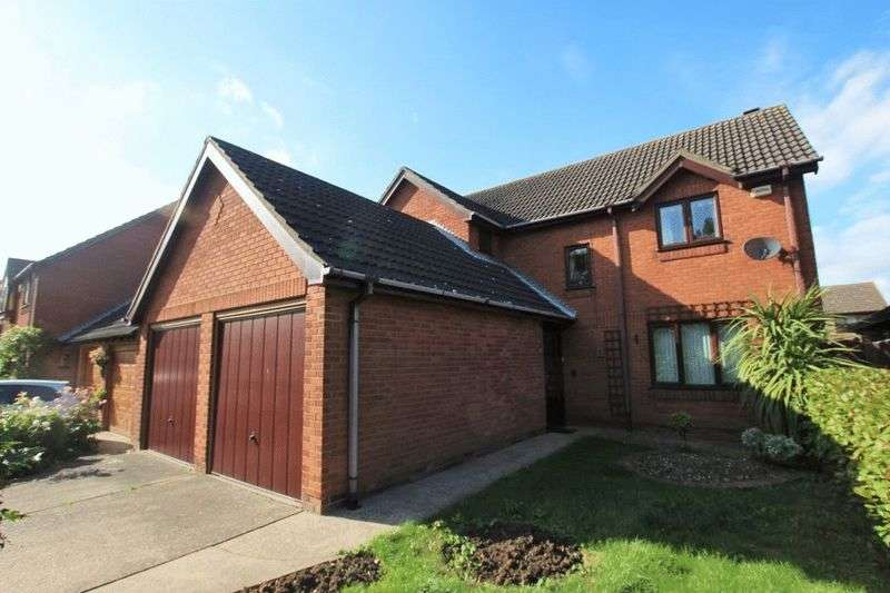 4 Bedrooms Detached House for sale in WELLGARTH, GRIMSBY