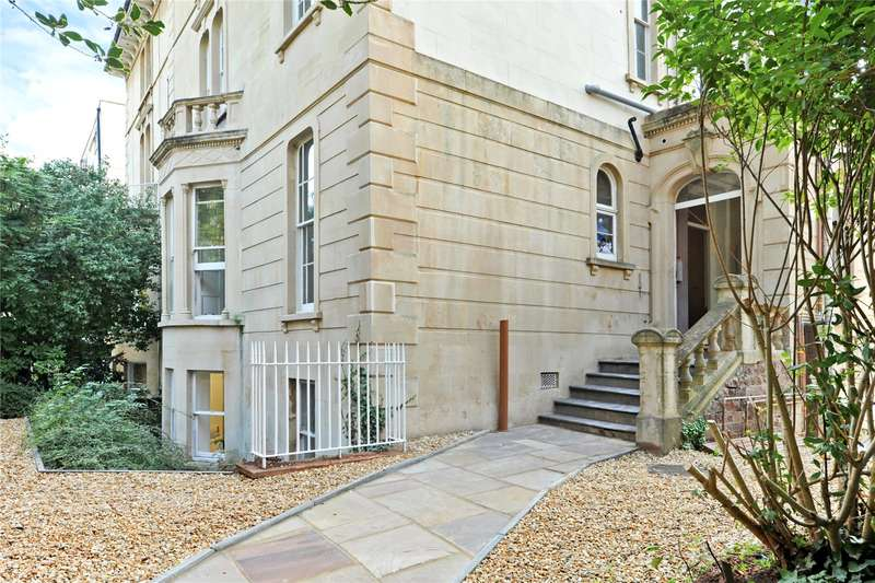 3 Bedrooms Flat for sale in Whiteladies Road, Clifton, Bristol, BS8