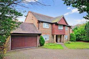 5 Bedrooms Detached House for sale in Upper Woodcote Village, Webb Estate, West Purley