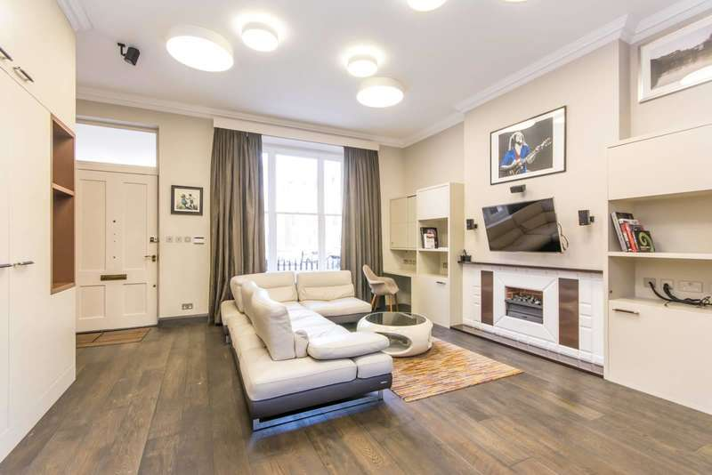 Flat in  Randolph Avenue  London  W9  Richmond