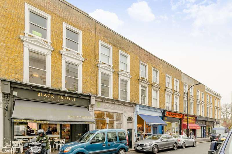 Flat in  Englands Lane  London  NW3  Camden
