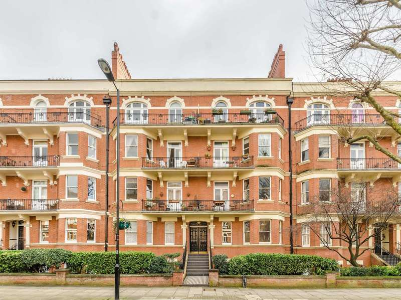 Flat in  Elgin Avenue  London  W9  Richmond