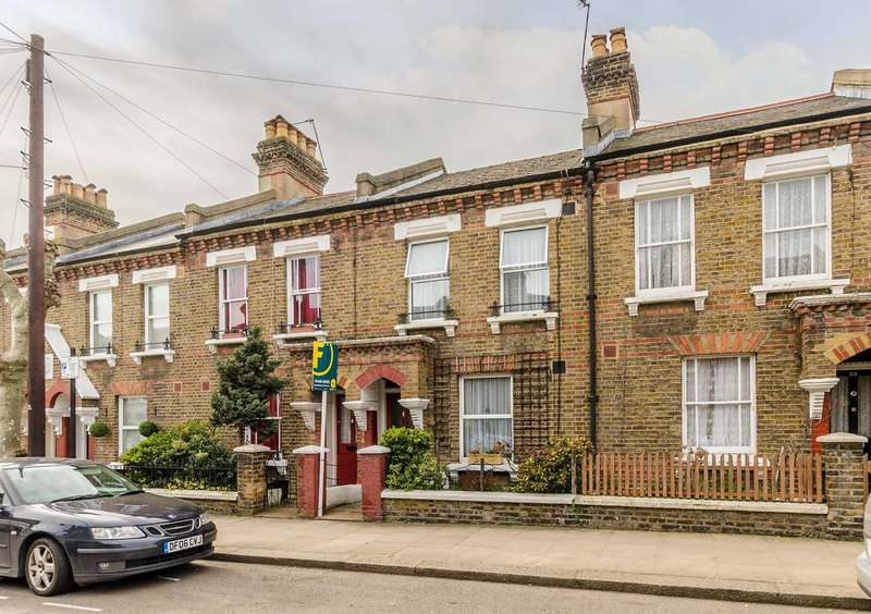 Terraced house in  Sixth Avenue  London  W10  Richmond