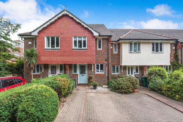 Terraced house in  Cheam Common Road  Worcester Park  Surrey  KT4  Richmond