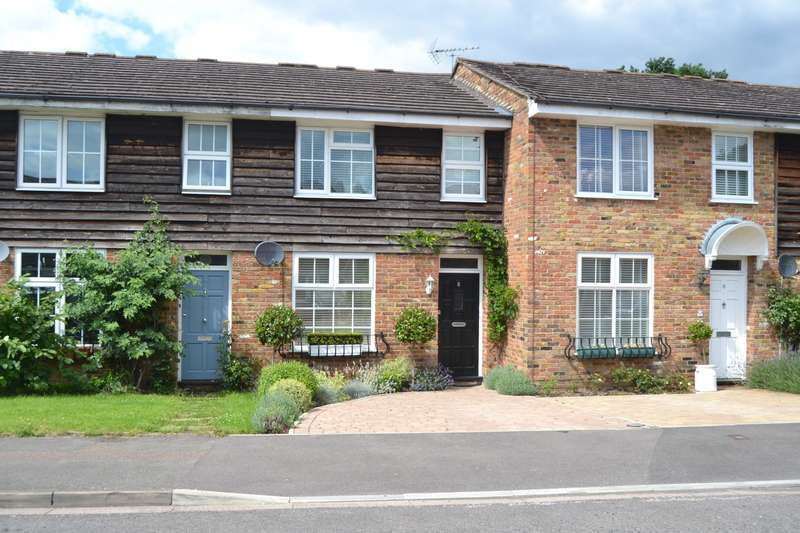 Terraced house in  Pennyfield  Cobham  KT11  Richmond