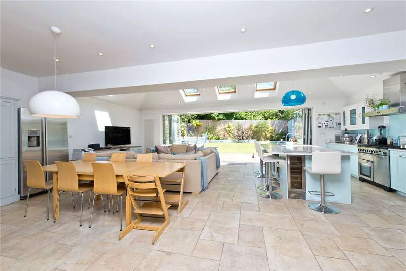 Detached house in  Coombe House Chase  New Malden  KT3  Richmond