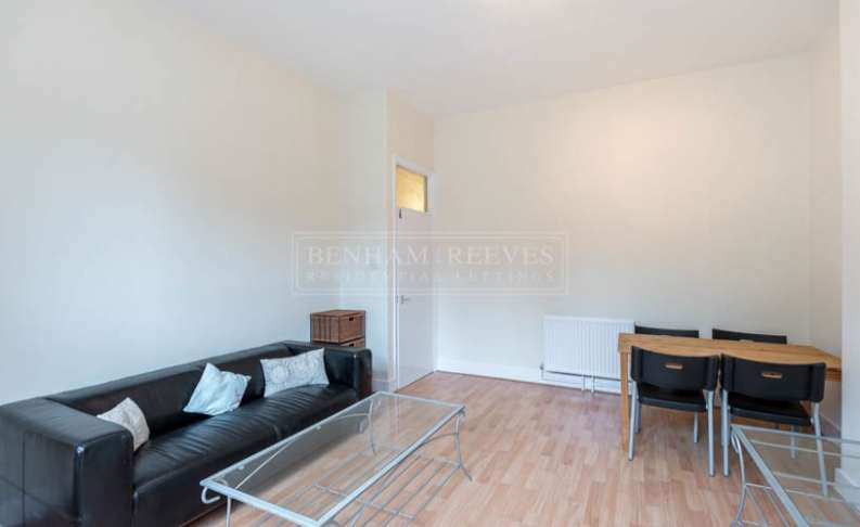 Flat in  Cotleigh Road  Hampstead  NW6  Richmond