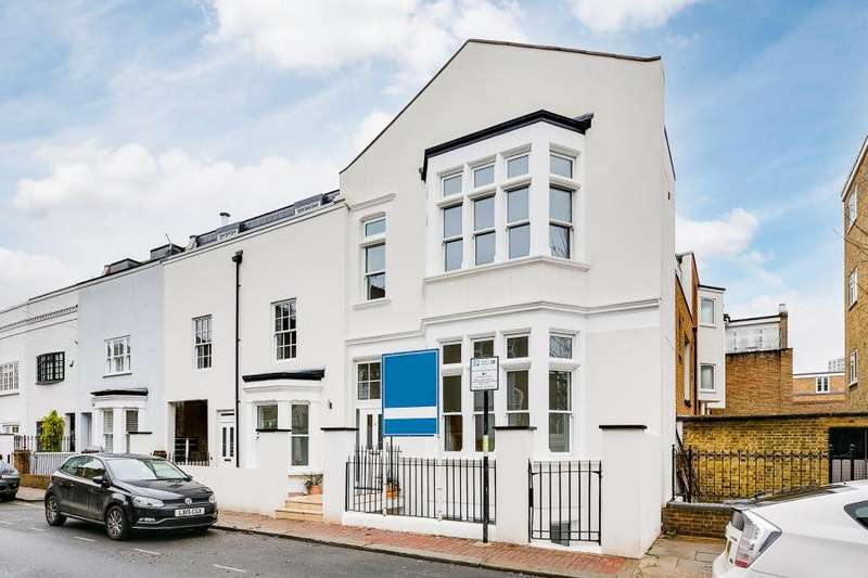 House in  Vicarage Crescent  Battersea  SW11  Richmond