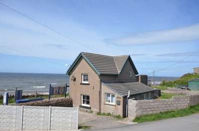 2 Bedrooms Detached House for sale in Station House, Braystones.