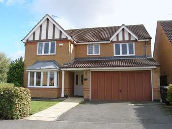 4 Bedrooms Detached House for sale in Thrapston, Kettering