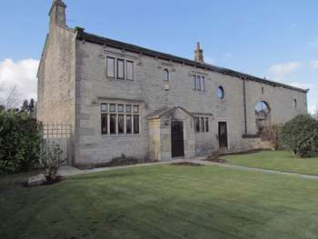 5 Bedrooms Semi Detached House for sale in Bents Farm Close, Littleborough
