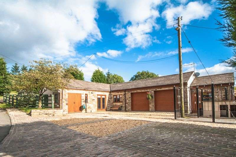 4 Bedrooms Detached House for sale in Warland, Todmorden