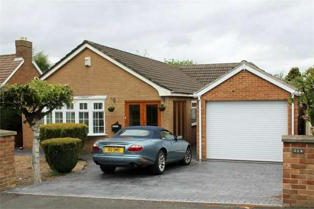 4 Bedrooms Detached Bungalow for sale in Cambridge Avenue, Marton-in-Cleveland, Middlesbrough, North Yorkshire