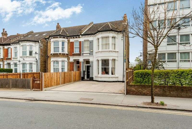 5 Bedrooms Semi Detached House for sale in Parchmore Road, Thornton Heath CR7