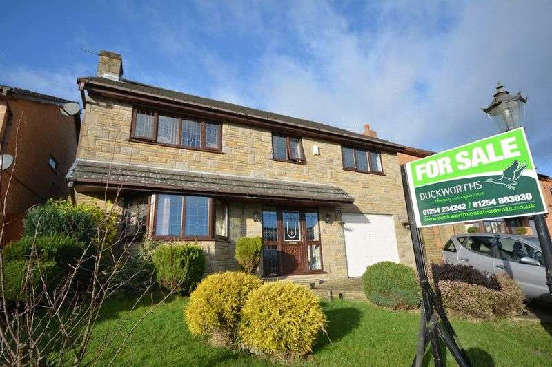 7 Bedrooms Detached House for sale in Edge End Lane, Great Harwood