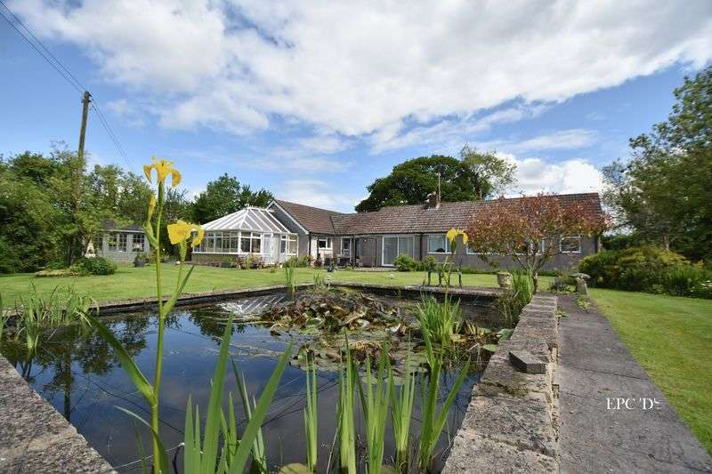 4 Bedrooms Detached Bungalow for sale in NR OLDBURY ON SEVERN