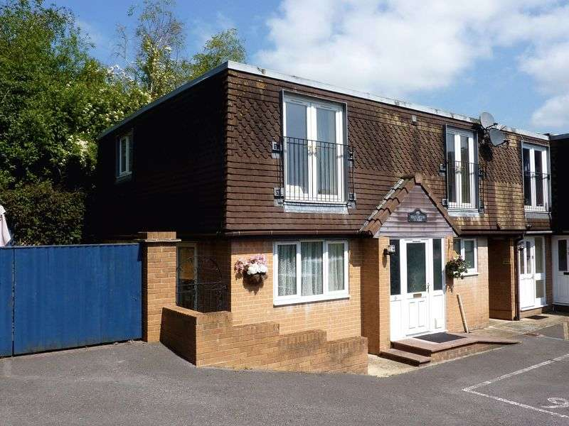 4 Bedrooms Semi Detached House for sale in Uplyme Road, Lyme Regis