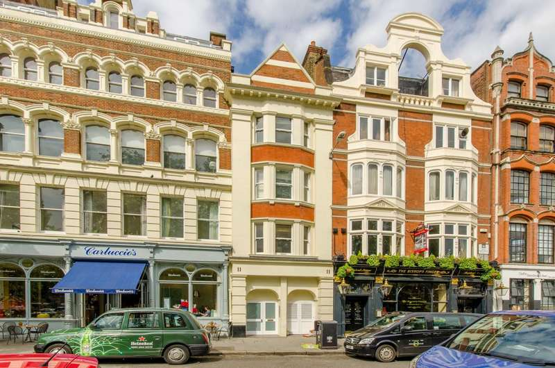 1 Bedroom Flat for sale in West Smithfield, Farringdon, EC1A