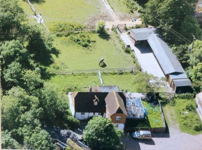 4 Bedrooms Detached House for sale in Winton Street, Alfriston, Polegate
