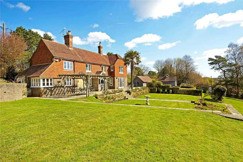 4 Bedrooms Detached House for sale in East Street, Turners Hill, West Sussex, RH10