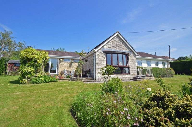 4 Bedrooms Detached Bungalow for sale in Orchard Avenue, Tickenham