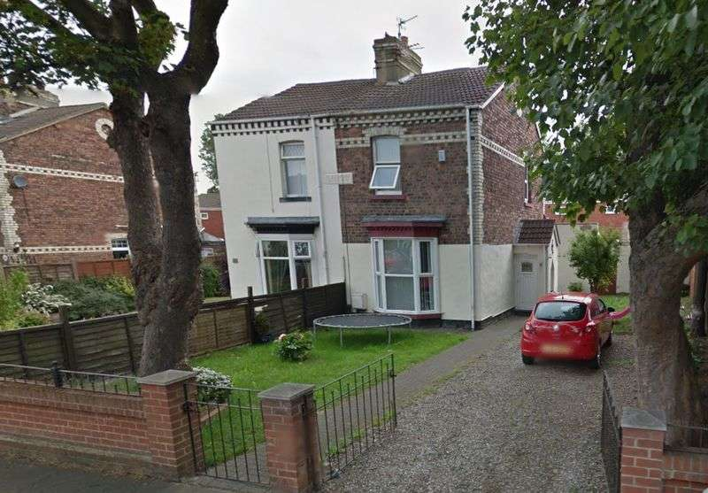 3 Bedrooms Semi Detached House for sale in South Parade, Hartlepool