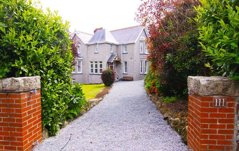 6 Bedrooms Detached House for sale in Station Road, OKEHAMPTON