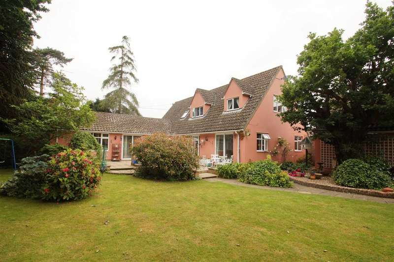 5 Bedrooms Detached House for sale in Tall Trees, The Causeway, Great Horkesley, Colchester