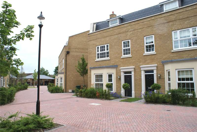 4 Bedrooms Mews House for sale in Lendy Place, Sunbury-on-Thames, Surrey, TW16