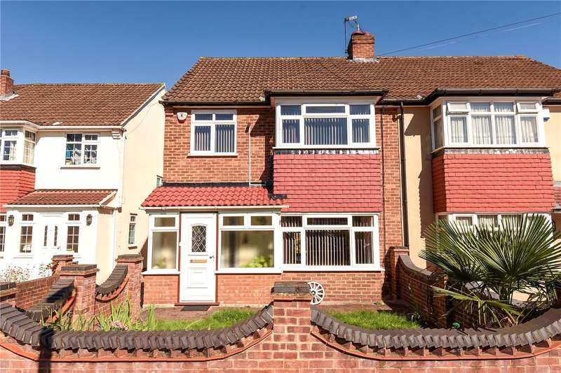 3 Bedrooms Semi Detached House for sale in Blossom Way, West Drayton, Middlesex, UB7