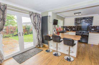4 Bedrooms Detached House for sale in Gleneagles Road, Darlington, Durham, Whinfield
