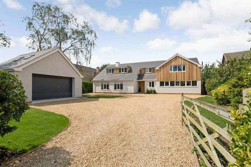 4 Bedrooms Detached House for sale in Casthorpe Road, Barrowby, Grantham