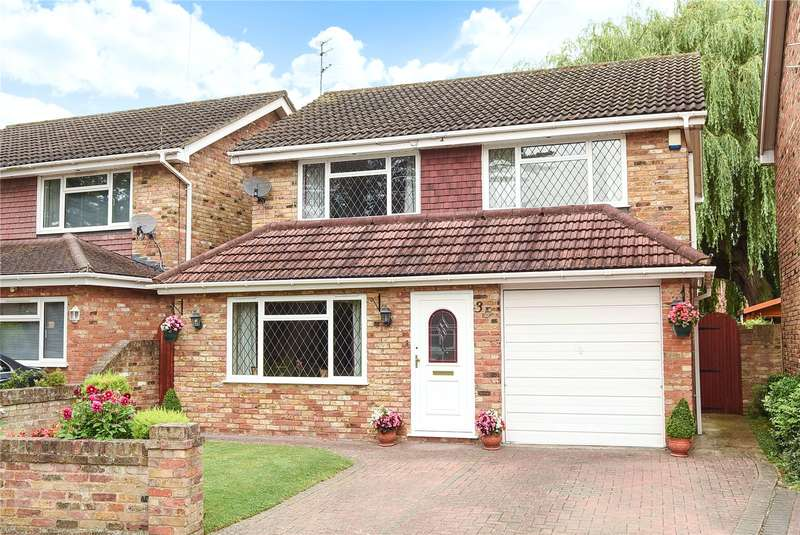 4 Bedrooms House for sale in Hartshill Close, Hillingdon, Middlesex, UB10
