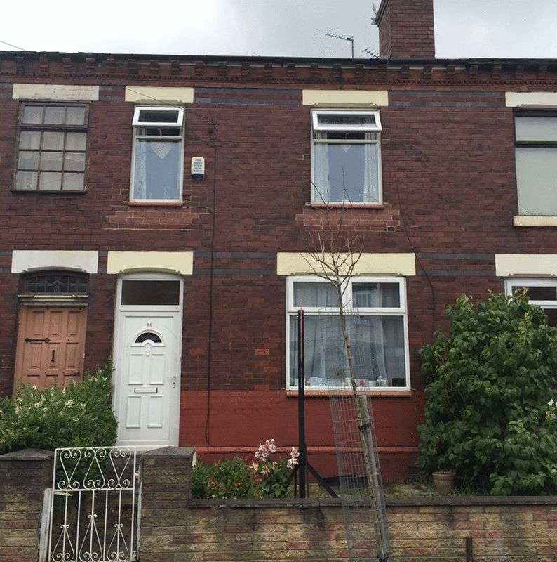 2 Bedrooms Terraced House for sale in Lloyd Street, Stockport